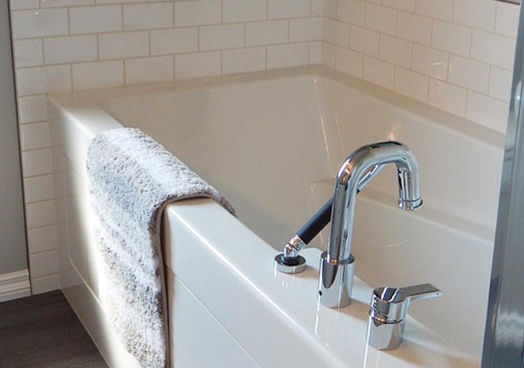 Tub Replacement | Bathtub Refinishing | Jersey City Tub Reglazing